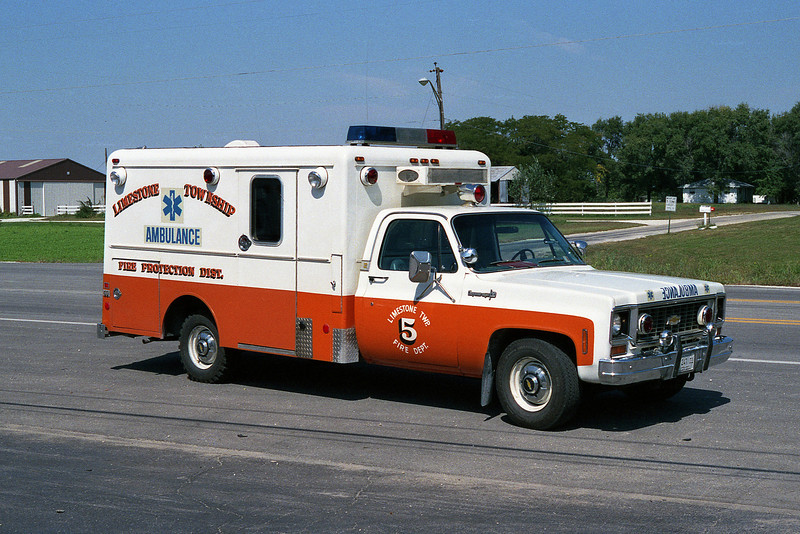 LIMESTONE FPD AMBULANCE 5  WHITE-ORANGE