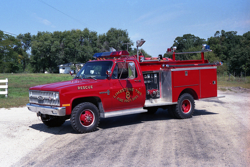 LIMESTONE FPD RESCUE 8  CHEVY-PIERCE