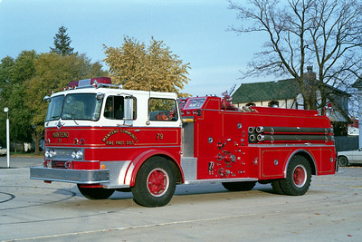 MANTENO  ENGINE 79  1971 IHC - HOWE  750-1000  WITH WHITE ROOF