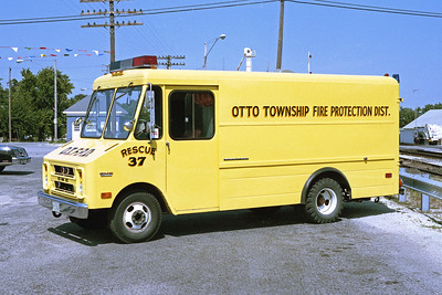 OTTO  RESCUE 37   1976 GMC VALUEVAN