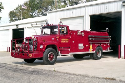 SALINA TOWNSHIP FPD IL   ENGINE 167   1976 FORD L800 - ALEXIS  750-1500   #1077