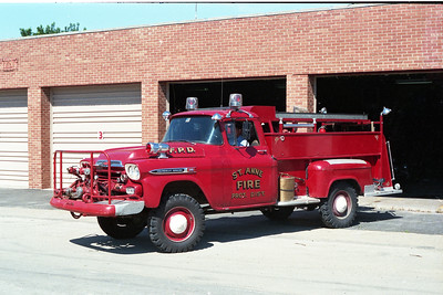 ST ANNE  ENGINE 14  1958 CHEVY APACHE - METZ  500-350
