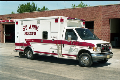 ST ANNE  SQUAD 15   1992 FORD E350 - ROAD RESCUE
