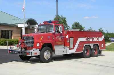 Oswego FPD Tender-4 1971 Ford T906-Monroe Fire App