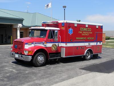 Oswego FPD Medic-3 1998 IHC-Road Rescue
