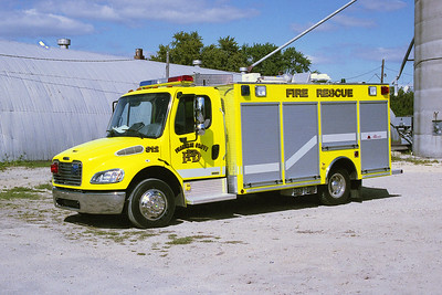 FRANKLIN GROVE FPD  SQUAD 812  2003  FREIGHTLINER M2 - ALEXIS