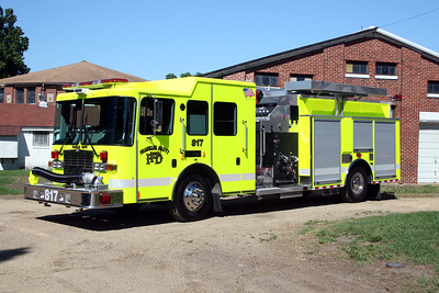 FRANKLIN GROVE  ENGINE 817   2010 HME 1871 - ALEXIS  1500-1500-30F   #2010