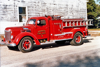 HARMON  ENGINE 1   IHC - JOHN BEAN