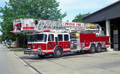 PONTIAC  TOWER 1   1999 E-ONE HURRICANE  1500-150-105'   #20778'
