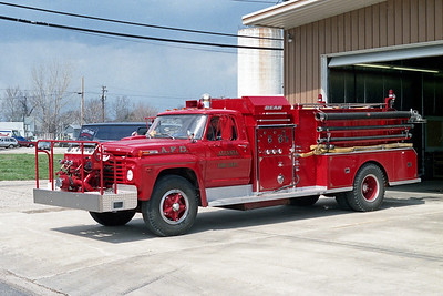 ATLANTA FPD  ENGINE 26  1966  FORD F800 - JOHN BEAN   500-500