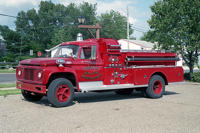 ATLANTA FPD  ENGINE 22  1972  FORD F800 - JOHN BEAN   750-750