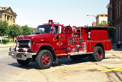 LINCOLN CITY FD  ENGINE 2 1968 CHEVY C70-ALFCO  1000-750