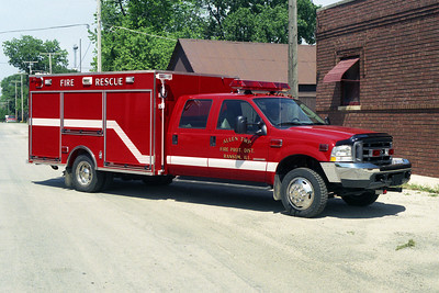 ALLEN TOWNSHIP SQUAD 7 2004 FORD F550 - PIERCE