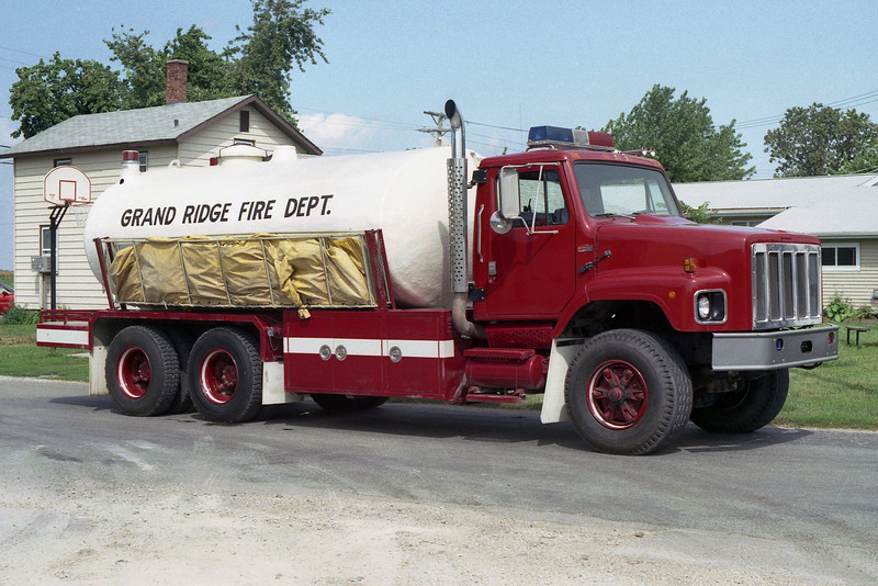 GRAND RIDGE VFD  TANKER  1978 IHC 2654 - FD 500-4000