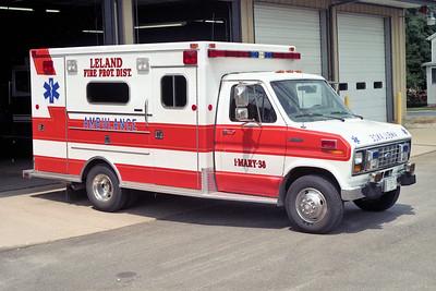 LELAND AMBULANCE 1-M-38  1997 FORD E350 - MEDTEC