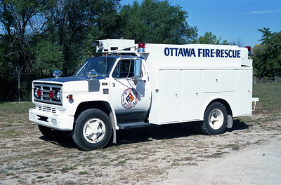 OTTAWA FIRE RESCUE 3  CHEVY -