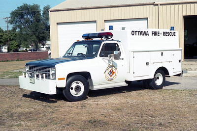 OTTAWA FIRE RESCUE  RESCUE 2