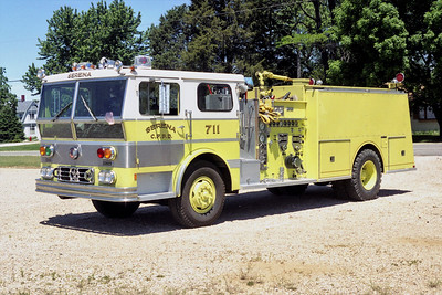 SERENA  ENGINE 711  WARD LAFRANCE  P80