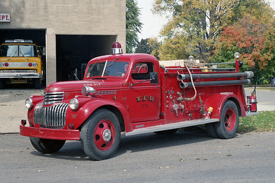 TONICA VFD  ENGINE 1713  1946  CHEVY-DARLEY   500-500   X- DOWNERS GROVE FD