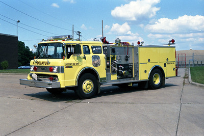 ENGINE 2   FORD C-8000 - E-ONE