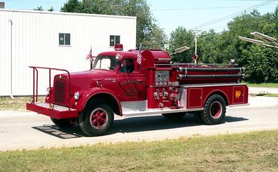 HARRISTOWN ENGINE 1  IHC V190 -  BEAN