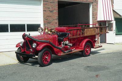 BUNKER HILL FPD  ANTIQUE  1928 REO