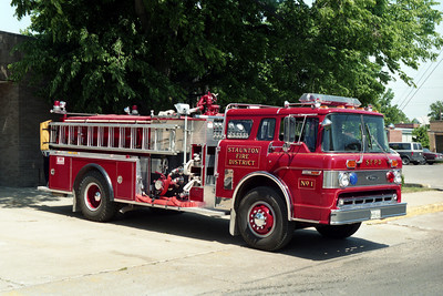 ENGINE 1    FORD C-8000 - PIERCE