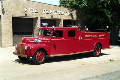 ENGINE   1946 FORD F -