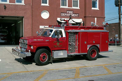 COLLINSVILLE ENGINE 11  1983 FORD F - E-ONE