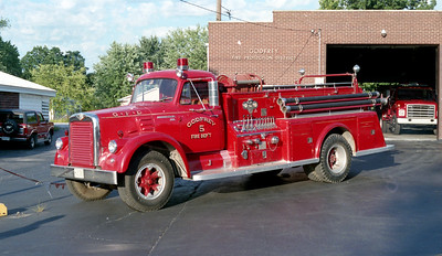 GODFEY FPD  ENGINE 35   1959 IHC V190 - TOWERS   600-750