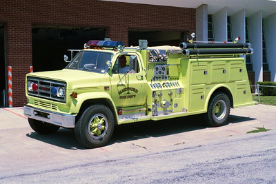 HARTFORD  ENGINE  GMC-TOWERS  LIME GREEN