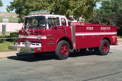 HARTFORD   SQUAD 440  FORD C800 -
