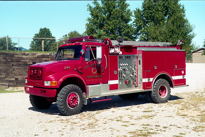 HOLIDAY SHORES ENGINE 246  IHC 4900 -