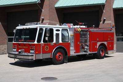 MADISON FD  ENGINE 4511   1984 E-ONE GURRICANE  1250-750   #3371    JOHN FIJAL PHOTO