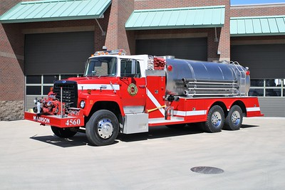 MADISON FD  TANKER 4560  2980 FORD L800 - TOWERS  750-3000     JOHN FIJAL PHOTO