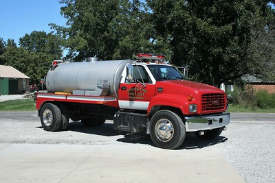 PRARIE  TANKER  GMC -
