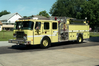 STATE PARK ENGINE 5211   E-ONE CYCLONE II