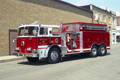 SALEM FPD ENGINE 22 SEAGRAVE