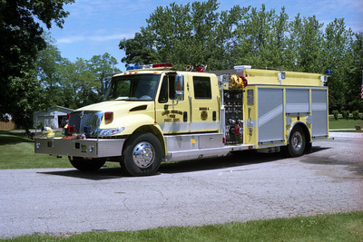 LACON-SPARLAND ENGINE 4    IHC 7400 - ALEXIS  SPARLAND STATION