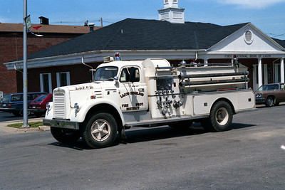 ENGINE 3   IHC V190 - BEAN   WHITE