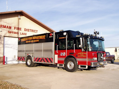FORMAN FPD  ENGINE 43  2004    SPRING LAKE STATION   TODD HEALY PHOTO
