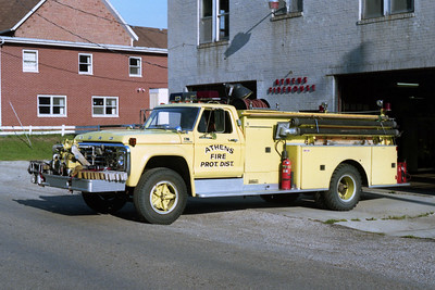 ATHENS   ENGINE 1  1975 FORD F700 - DARLEY  1000-1000