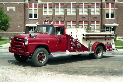 TALLULA  ENGINE 2  1957 IHC - ALEXIS  500-750