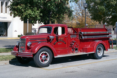 ALEDO   ENGINE 1  1947 MACK TYPE 45  500-500