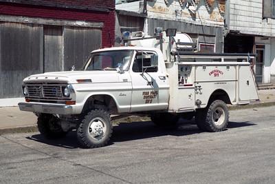JOY  BRUSH 4  1972 FORD F - FMC  750-250   X-FULTON FPD