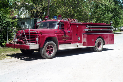 KEITHSBURG  ENGINE 1  1977 FORD F700 - AMERICAN  750-750