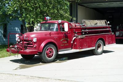 NEW BOSTON  ENGINE 1  1954 IHC - FIRE FIGHTER  500-300  X-JOY FPD