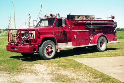 NEW BOSTON - ELIZA  ENGINE 2  1979 CHEVY - ALEXIS  500-1000