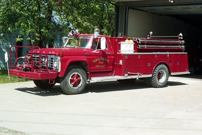 NEW BOSTON  ENGINE 1  1976 FORD F - ALEXIS  500-1200