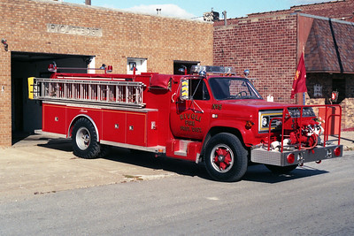 RIVOLI  ENGINE 5  1985 CHEVY C70 - ALEXIS  750-1400